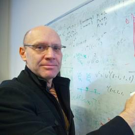 Prof. Benny Moldovanu