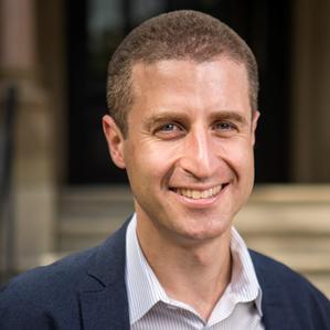 Professor Jesse Shapiro